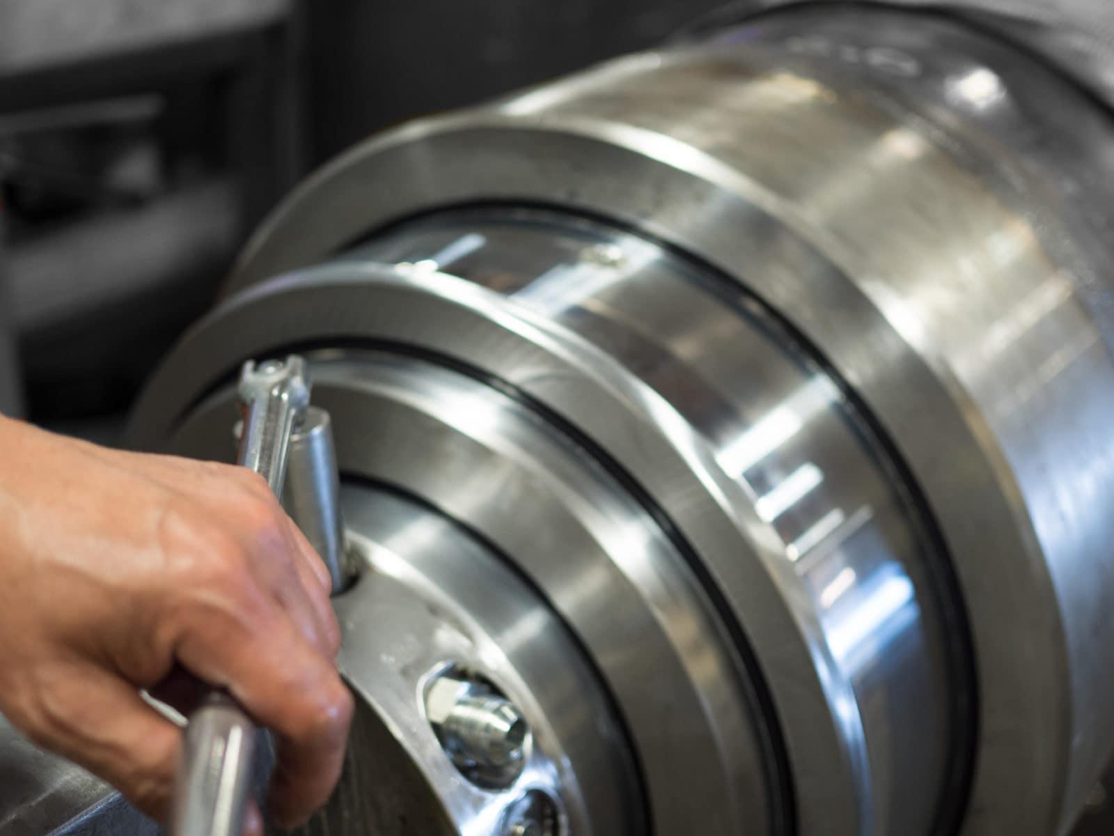 Hydraulic Cylinder Service Repair Canada