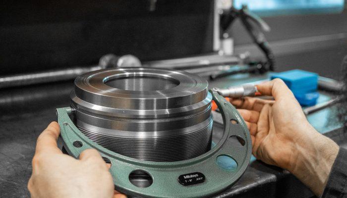 Hydraulic Cylinder Gland Quality measurement QA